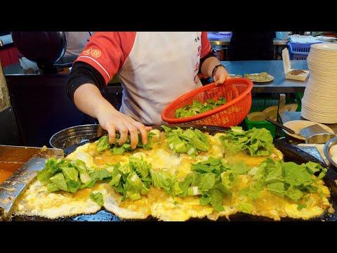 Taiwanese Street Food Shilin Night Market 2021