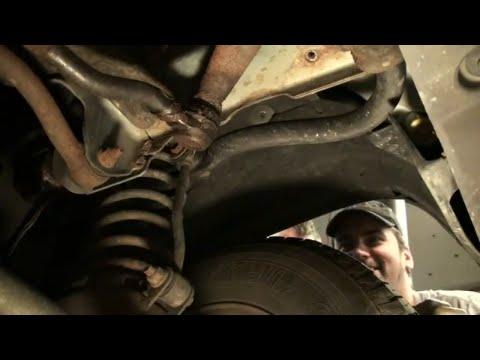 Grand Cherokee Steering Linkage Repair  EricTheCarGuy
