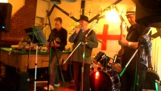 Moondance at the Royal Oak  Strood Thumbnail