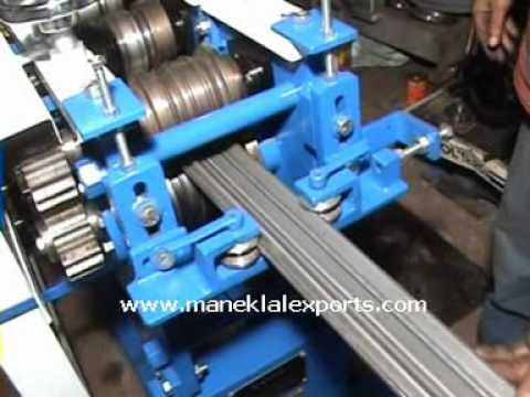 Manek - Rolling Shutter Strip Making Machine Model: RSS-4 5 with 6 pairs of  Rolls
