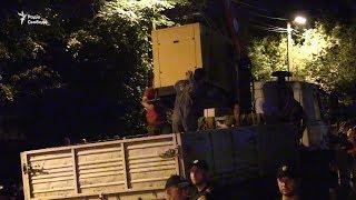 У Києві протестувальники зупинили забудову «Скверу волонтерів АТО»