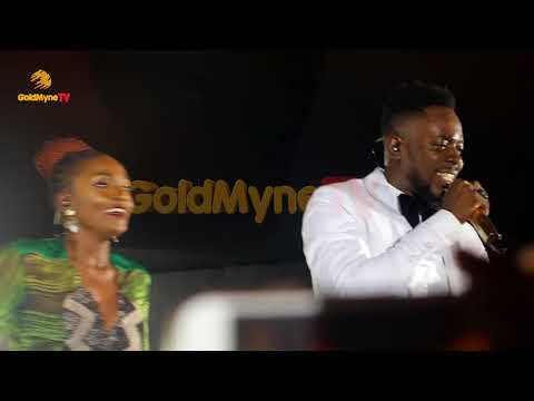 is adekunle gold and simi still dating