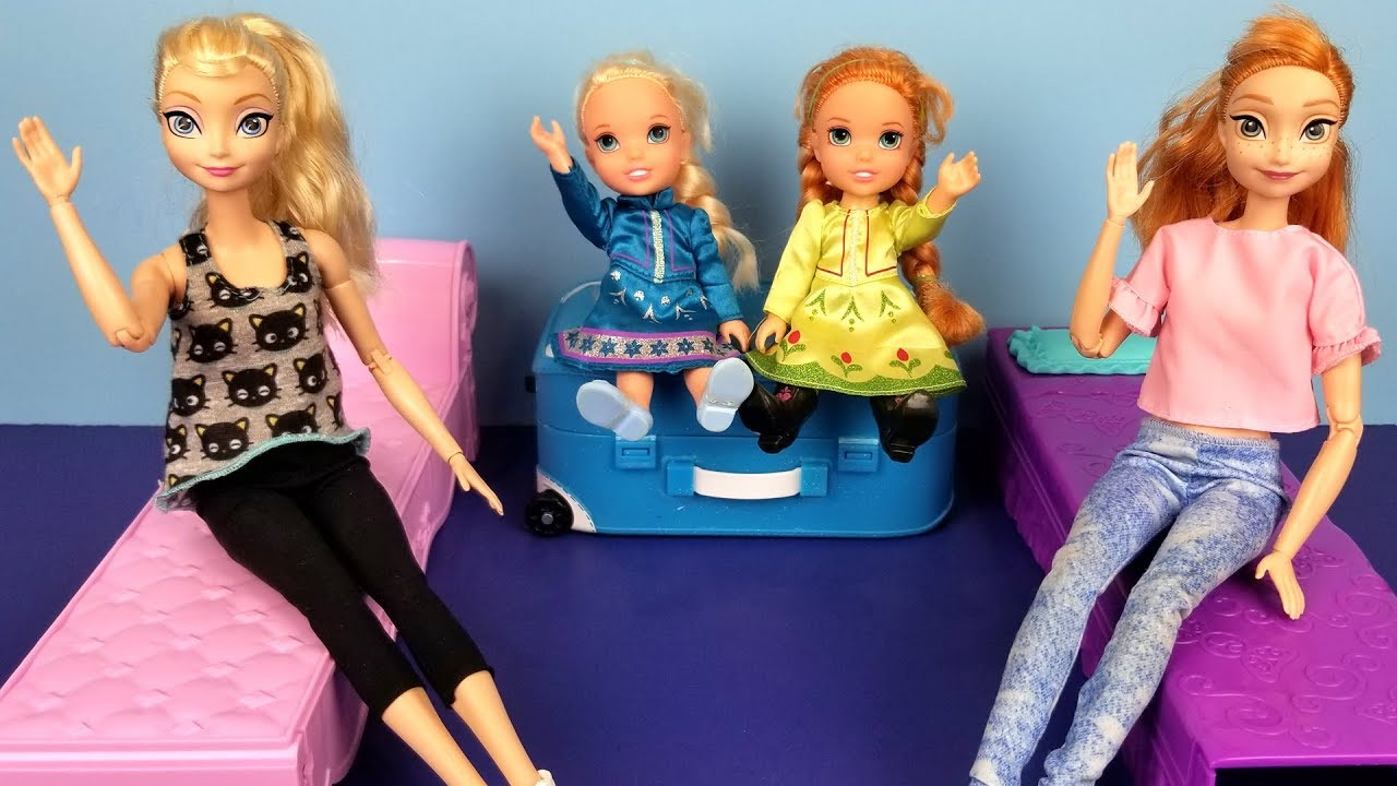 Download At the HOTEL ! Elsa and Anna toddlers - unpacking - bedtime - vacation trip - bath