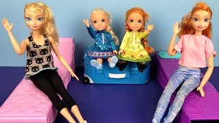 Download Video At the HOTEL ! Elsa and Anna toddlers - unpacking - bedtime - vacation trip - bath MP3 3GP MP4