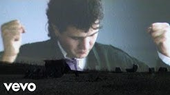 Daniel Balavoine - Sauver l'amour (Clip Officiel)