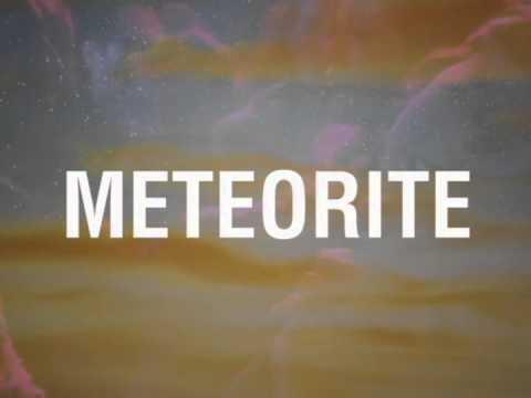 Mariah Carey - Meteorite (Lyrics Video)