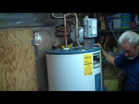 Plumber in annapolis installs ruud water heater youtube plumber in annapolis installs ruud water heater fandeluxe Gallery