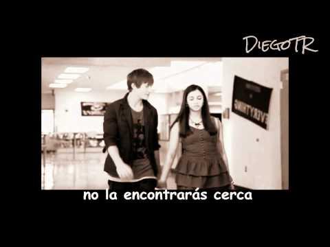 Naomi Scott - She's So Gone (Español) Video Music