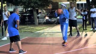Игроки NBA играют в баскетбол под видами стариков Часть 3