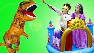 Hana & Tony Pretend Play w/ Inflatable Princess Castle & Ballpit Balls