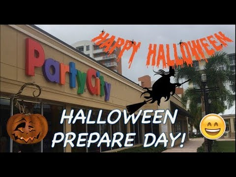 Halloween is coming!! Choosing costume at Party City!