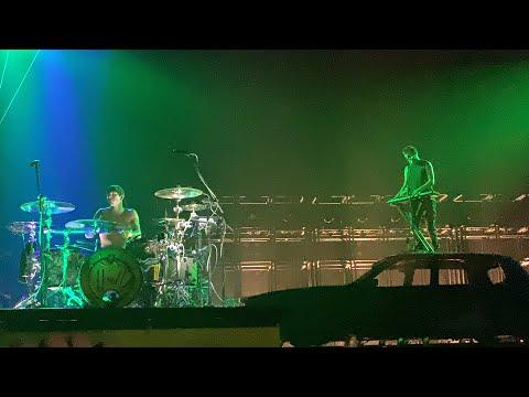 Twenty One Pilots - Trees (Manchester 5/3/19)