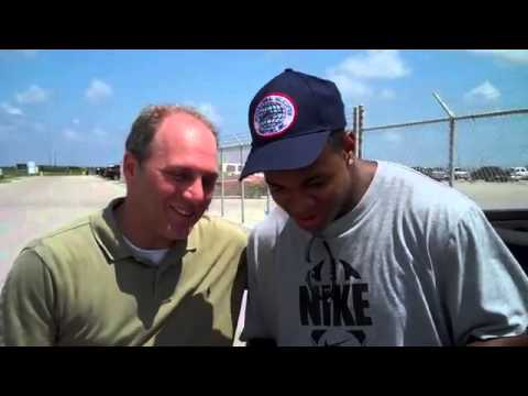 Scalise interviews Pierre Thomas about 2010 Gulf oil spill