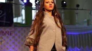 Pokaz mody podczas II Targ�w �lubnyh 'Love'