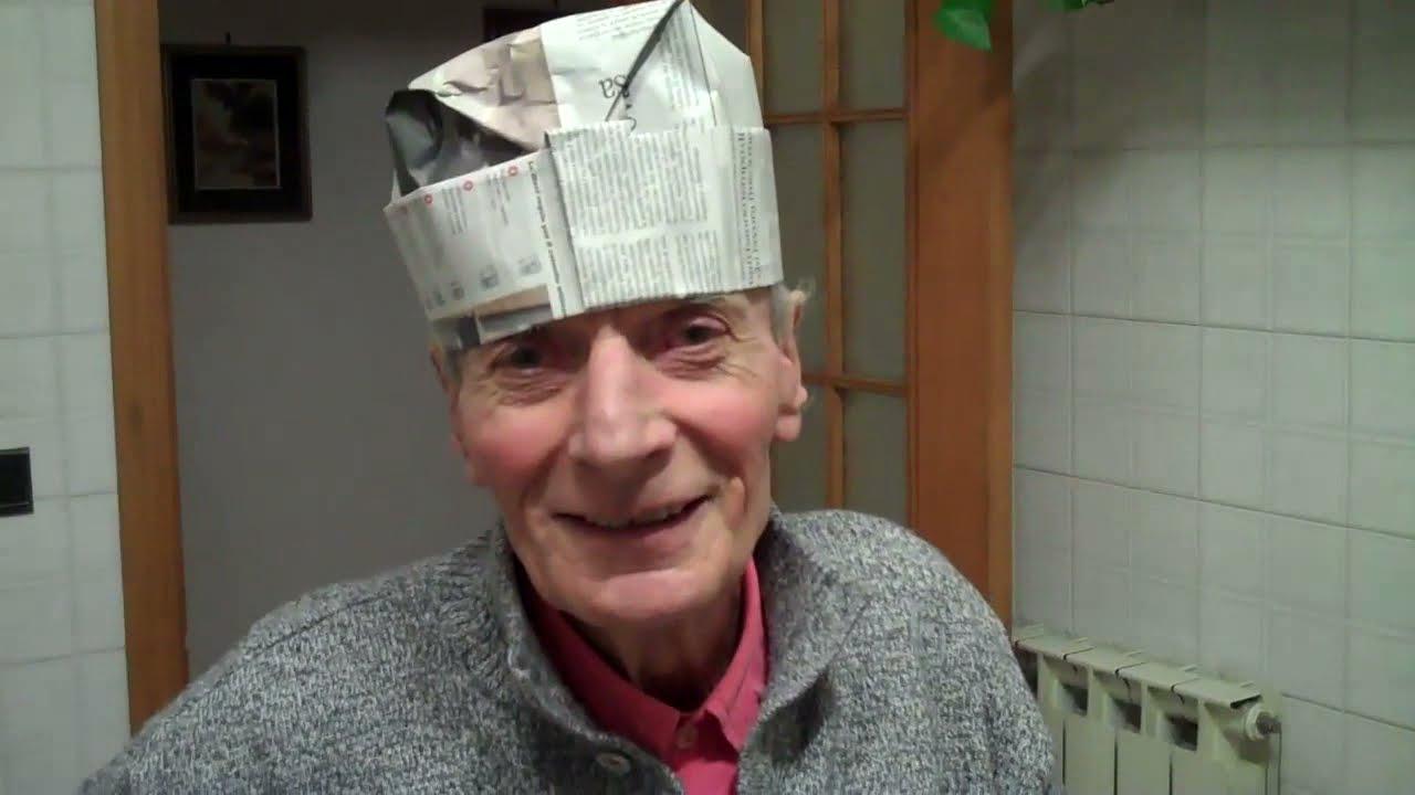 in arrivo a buon mercato davvero economico Cappello di carta