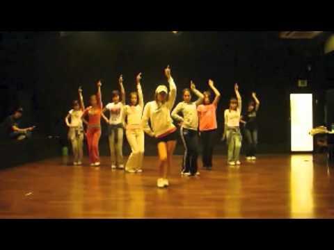 [mirror 75] SNSD - Chocolate Love Dance Ver. SM Practice Room Sep28.2009 GIRLS' GENERATION