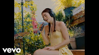 Lorde - Stoned at the Nail Salon (Rooftop Performance)