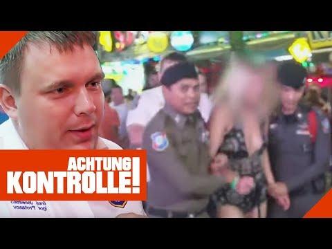 Party Hard in Phuket! Frau wird von Polizei aus dem Verkehr gezogen! | Achtung Kontrolle