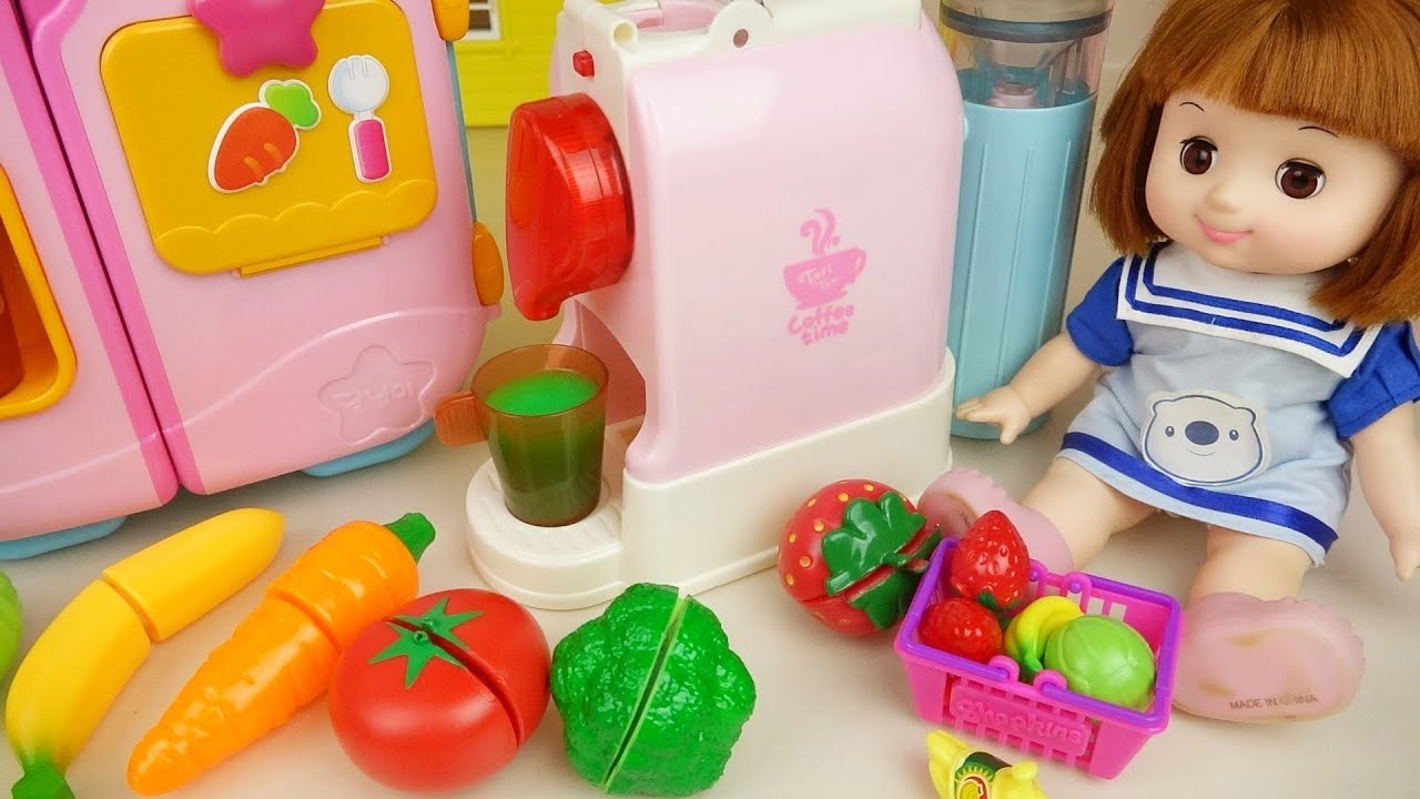 Fuit juice maker and baby doll kitchen house surprise eggs play