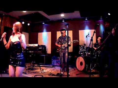 Sadja - Domino (cover Version)