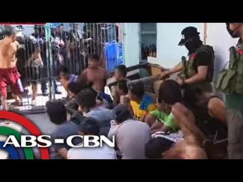 Higit 20 timbog sa sinalakay na 'shabu tiangge' sa Bacoor | TV Patrol