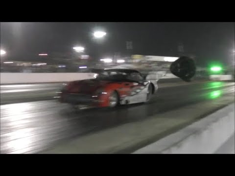Birdman Racing vs Dixieland in a battle of chutes at Red. 8.0