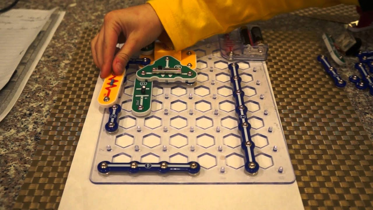 How To Make Am Radio From Electronic Snap Circuits Set Youtube Circuit