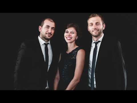 Shostakovich - 5 Pieces - Polka - Trio Étoiles