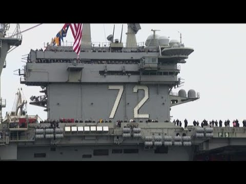 USS Lincoln Returns to San Diego after a 294 day deployment