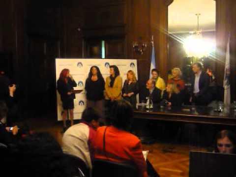 Campaña Làgrimas  palabras de Patria Perez en la Legislatura Porteña