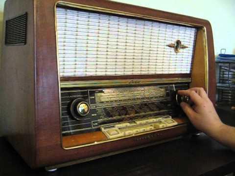 Restored Old tube radio 1957/1958 : Loewe opta luna 2741W ...