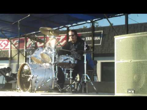 Josh Autry At Music World Thunderdrums 2013