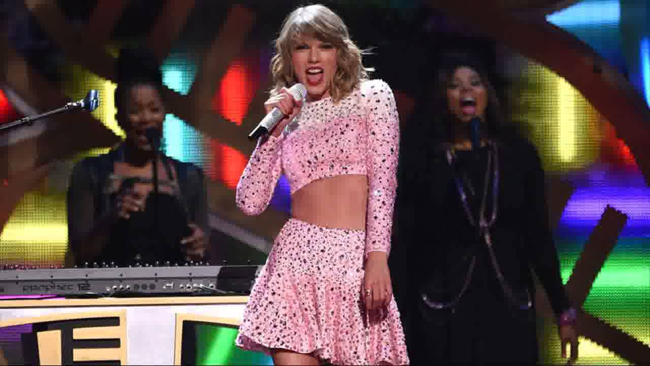 Taylor Swift S Abs Sparkled At The Iheartradio Festival