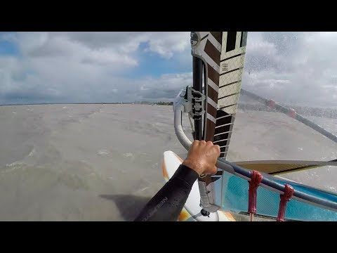 Orkan-SURFEN am Neusiedlersee