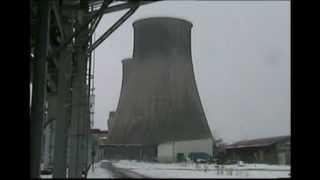 Elektrownia Łagisza- wyburzanie chłodni 3.03.2004r