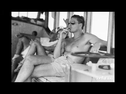 Errol Flynn - Hottest Pictures Of The Old Hollywood Legend