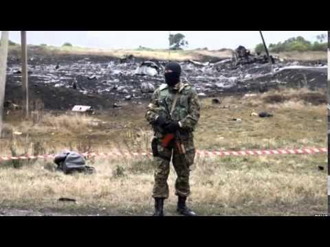 MH17 crash Pressure grows on Russia over crash inquiry
