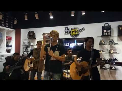 Obses - Akim and The Majistret @ Worn Different Dr. Martens M&G