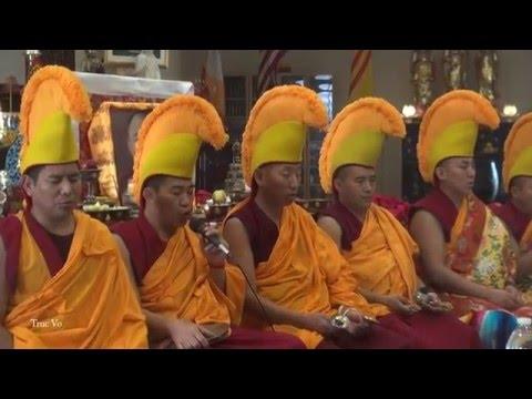 MANDALA SAND PAINTING - The Mystical Arts of Tibet ( ENGLISH)