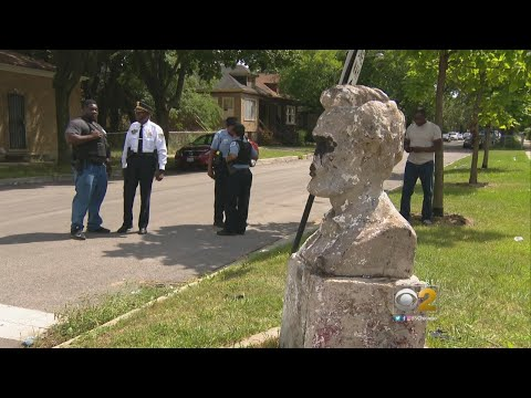 Lincoln Statue Vandalized