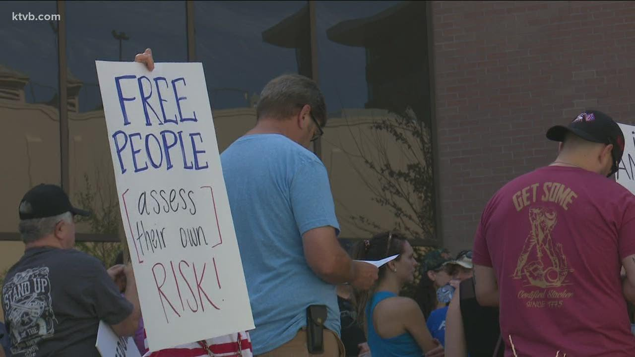 Boise city council gives masks to those in need; protesters gather to fight the city's mandate