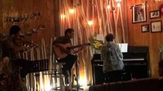 """Cánh bướm vườn xuân [Đêm nhạc """"Cám ơn một đó xuân ngời"""" - Xương Rồng Coffee & Acoustic]"""