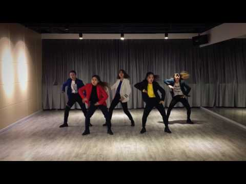 BTS【방탄소년단 】—AM I WRONG Dance Cover by Chinese A.R.M.Y【Max Mess】