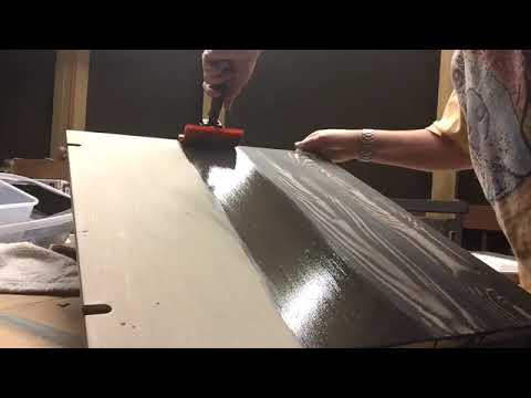 Graining - Creating a faux wood grain over a painted surface - Painted Furniture