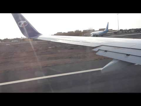 737-8 Travel Service Take off from Boa Vista (Cabo Verde)