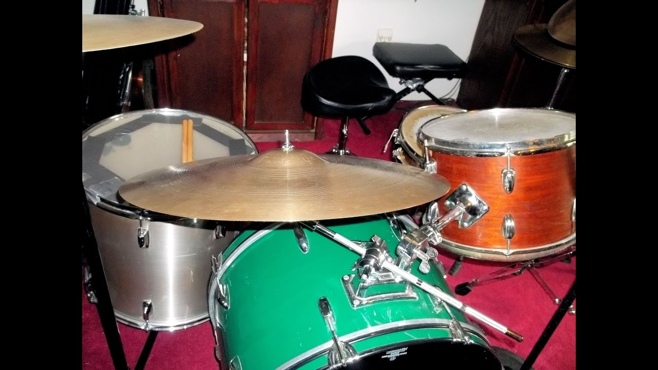 Mixed set vintage tama 18 x16 floor tom slingerland for 13 floor tom