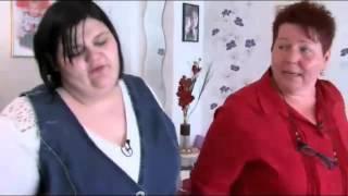 Dominique 140kg stopft sich mit Süßigkeiten voll