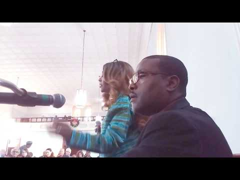 Dennis C Latham sings Give Glory To GOD SAINTS  Dexter Ave King Memorial 12 10 2017