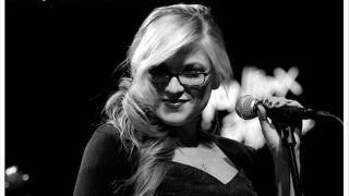 Melody Gardot  5.Your Heart Is As Black As Night (live & jazzy)