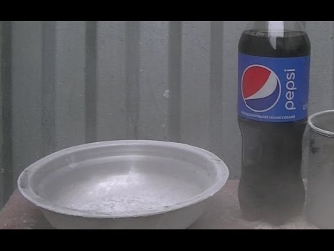 Pepsi vs Liquid Nitrogen